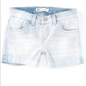 🐝🐝🐝Girls LEVIS shorts! Great deal!! NWT